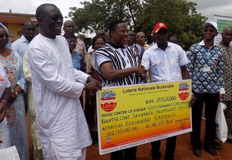 LONAB: Avec 155. 474.000 F CFA, Raymond Ouédraogo bat le record de gain au PMU'B.