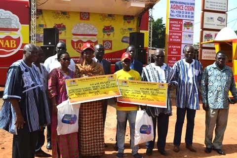 Loterie nationale du Burkina: Deux gagnants ont reçu plus de 36 millions chacun