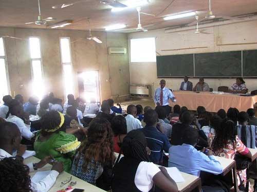 Recrutement à la banque mondiale: Opération  de démystification dans les  universités Ouaga 2 et 2ie