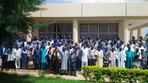 Rédaction d'une nouvelle Constitution: «Le monde entier reste attentif à ce qu'il se passe au Burkina», Roch Kaboré