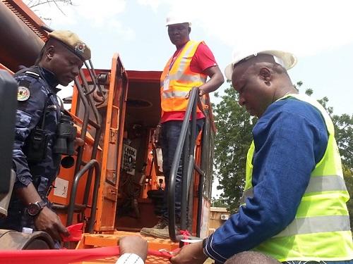 Internet haut débit: Bientôt 307 km de fibre optique pour désenclaver une dizaine de communes du Burkina