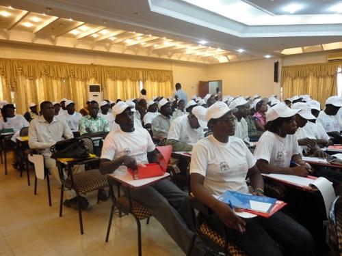 Formation en entreprenariat, session 2015: Les 5000 jeunes dans les oubliettes?