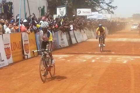 Quatrième étape du Tour du Faso: La Côte d'Ivoire s'impose à Tiébélé, le Burkina perd le maillot rose