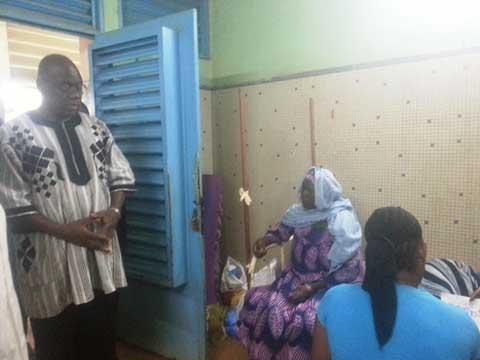 Santé: Le Ministre rend visite aux malades de la dengue