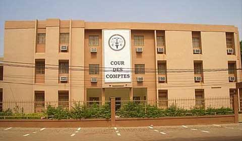 Avis de vacances de poste et appel à candidatures: président de chambre à la Cour des comptes