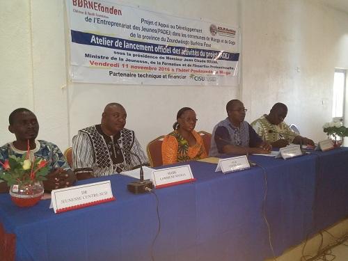 Communes de Manga et de Gogo: Lancement officiel des activités du Projet d'Appui au Développement de l'Entreprenariat des Jeunes