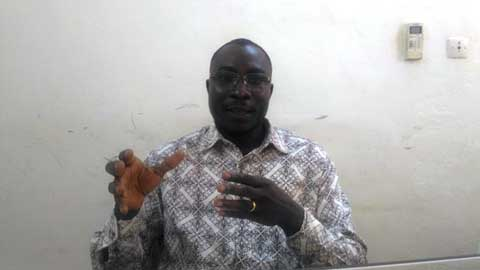 Affaire tablettes aux députés: «C'est choquant, de constater qu'après une insurrection populaire, de tels comportements soient encore de mise», qualifie le chargé de plaidoyer du REN-LAC Bruno Goudouma Kéré