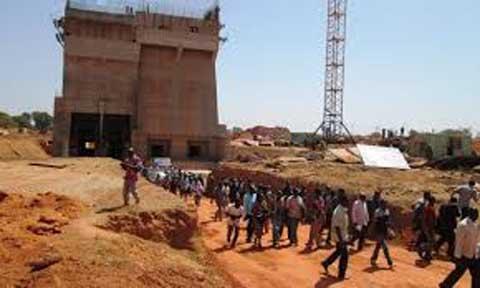 Relance des travaux du barrage de Samendéni: Le gouvernement multiplie les efforts en vue de la mise en eau le 31 octobre 2017