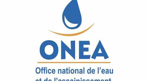 Reprise de la fourniture d'eau après les travaux de raccordement de la nouvelle conduite aux installations existantes à Ziga