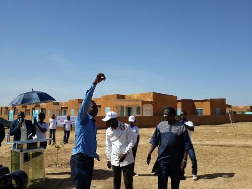 Logements à Ouagadougou: Des membres d'une coopérative en possession de leur clé