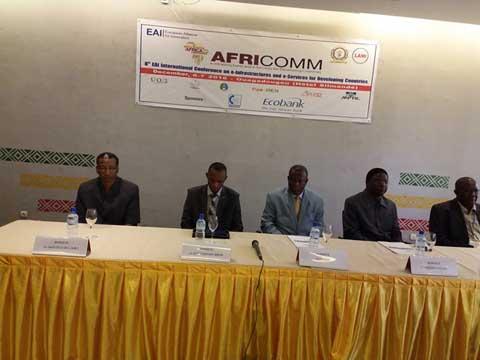 8e Conférence  internationale AFRICOMM 2016: Les TIC comme alternative solide pour le développement des universités