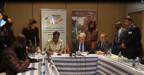 Conférence de Paris: Le Burkina Faso signe trois conventions de partenariat