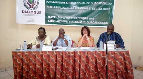 Symposium international sur Dialogue des religions et des cultures: Les termes de référence en validation
