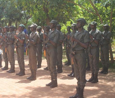 Fara:  Un incident impliquant un policier a fait un mort