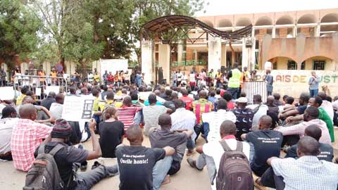Justice pour Norbert Zongo: Journalistes et défenseurs de la liberté observent 13 minutes de silence