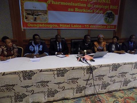 Responsabilité sociale des entreprises: Un symposium pour harmoniser le concept dans le secteur minier