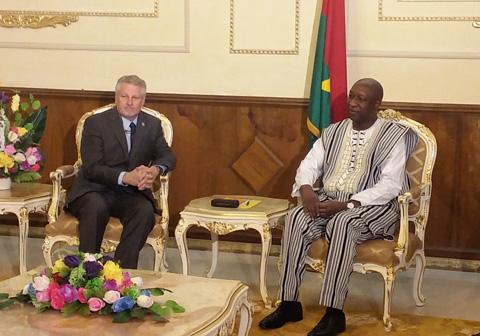 Primature: Le nouvel Ambassadeur des Etats-Unis d'Amérique a parlé économie et sécurité avec Paul Kaba Thiéba