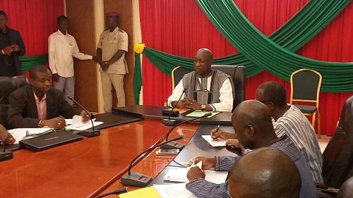 Primature: Le Premier ministre Paul Kaba Thiéba rencontre le SNAID et le SYNATIC