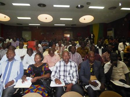 Assises régionales sur la nouvelle constitution: Les forces-vives du centre ont apporté leurs contributions