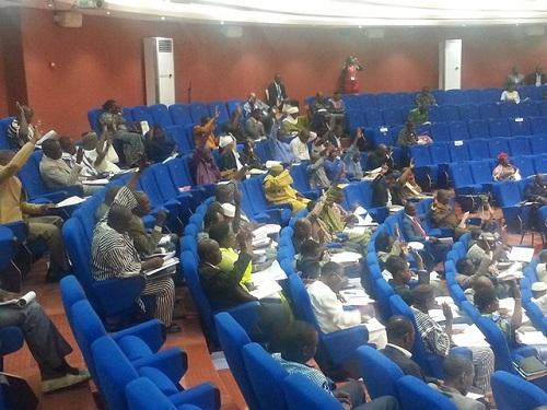 Fonction publique territoriale: L'Assemblée nationale régularise la situation des agents des collectivités territoriales