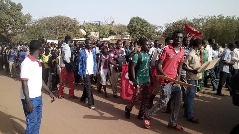 Fada N'Gourma: Encore une marche meeting pour exiger la réparation du tronçon Koupéla/ Fada