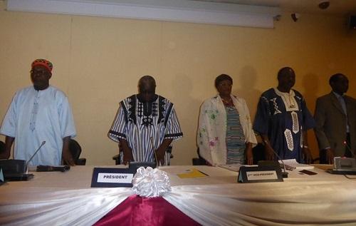 Les policiers radiés entendus au Haut conseil pour la réconciliation nationale