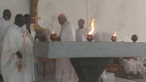 Centre spirituel Notre Dame des Pauvres: Le Cardinal Philippe Ouedraogo a dédicacé la chapelle Sainte Bernadette de Oubriyaoghin