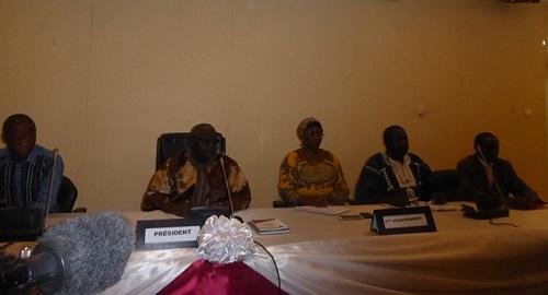 Haut conseil pour la réconciliation nationale: Les travailleurs déflatés revendiquent leurs droits