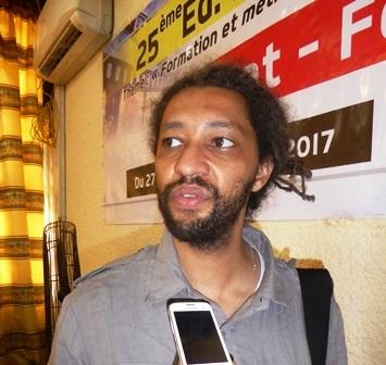 Alain Gomis, lauréat de l'Etalon d'or de Yennenga 2013: ''On est  en train de dévier comme si  c'était des compétitions sportives''