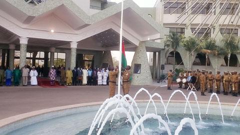 Montée des couleurs nationales: La Présidence du Faso montre la voie à suivre