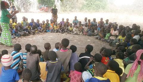 Assainissement total piloté par la communauté: «Nettoyeur de caca» était sur le terrain des opérations au Burkina
