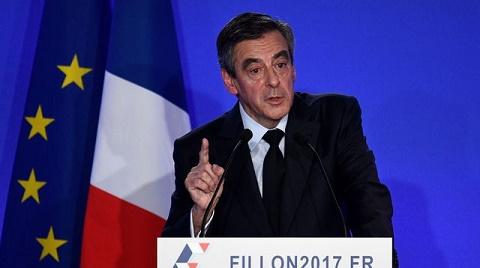 Présidentielle 2017 en France: «Penelopegate» ou le pouvoir des medias?