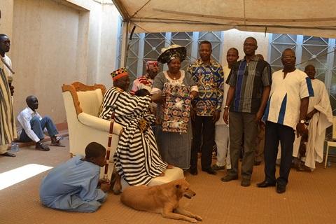 Parenté à Plaisanterie: Une tête de chien pour les Samo, un margouillat pour le Mogho Naba