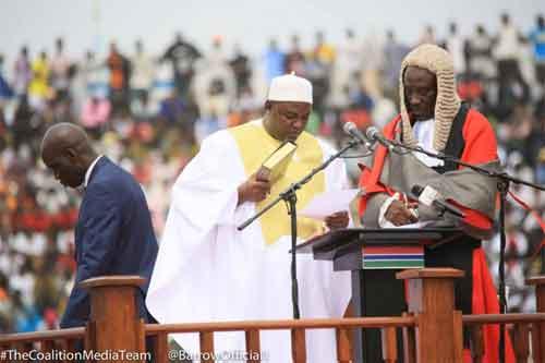 52e anniversaire de l'indépendance de la Gambie: le Président élu Adama BARROW prête serment