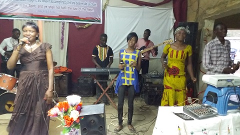 Musique religieuse: Béatrice Abga sort «Mon âme te loue»