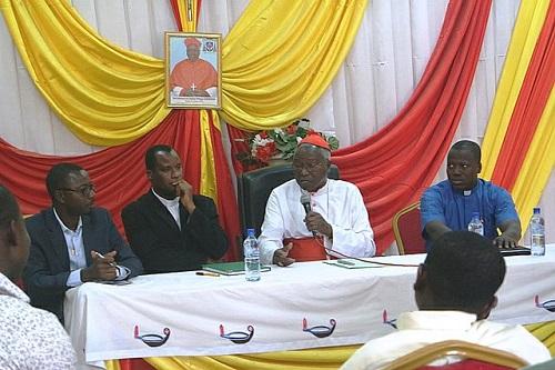 Église du Burkina: «Prières Catho Mobile» ou la parole de Dieu via SMS