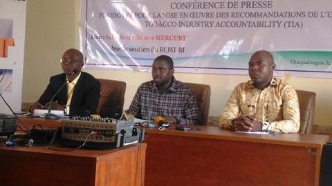 Le tabac autour des écoles au Burkina: L'ACONTA et son partenaire tirent sur la sonnette d'alarme