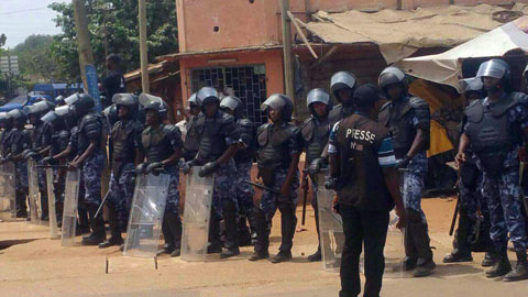 Togo: La police disperse une manifestation à coup de gaz lacrymogènes