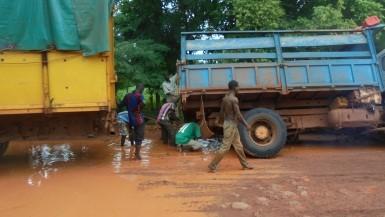 Boucle du Mouhoun: Mauvais état de la route Dédougou ––Solenzo –– Koundougou , le cri de cœur des populations avant la saison pluvieuse