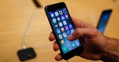 Révélations de Wikileaks: La CIA peut vous espionner depuis votre smart phone.