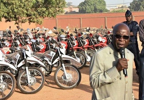 Lutte contre le grand banditisme et le terrorisme: Du matériel roulant pour la Police nationale