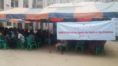Agents des impôts et des domaines: 120 heures de grève pour répondre «au dilatoire» des autorités