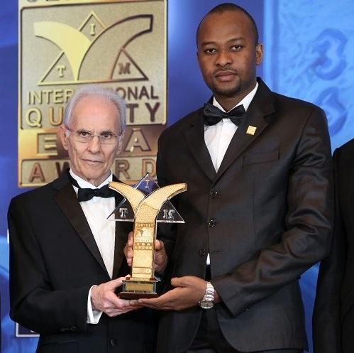 Jeunesse et entreprenariat: CAAFER international reçoit le Century ERA Award  dans la catégorie Gold