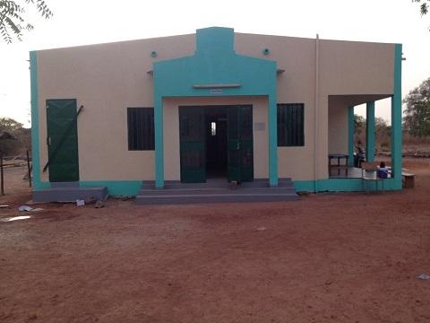 Don de matériel médical au Centre de santé Laafi la Boumbou de Kokologho