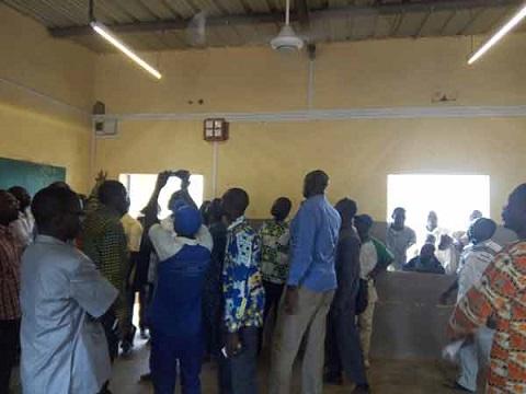 L'école primaire A de Koundimi sort de l'obscurité
