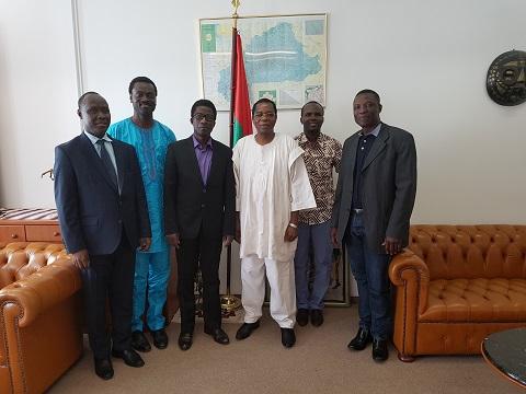 Autriche: L'Association des ressortissants burkinabè et l'Ambassadeur s'engagent à consolider les relations