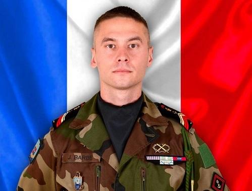 Mali: Un soldat français tué dans un «accrochage avec des terroristes»