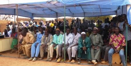 Campagne  Fasotoilettes: Les «princes» de Liptougou donnent le bel exemple