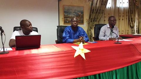 Environnement: Les maires d'arrondissement de la commune de Ouagadougou sensibilisés sur le péril plastique
