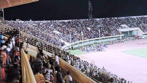 Grande veillée: Le Stade du 4 aout rempli «recto verso» pour louer le seigneur